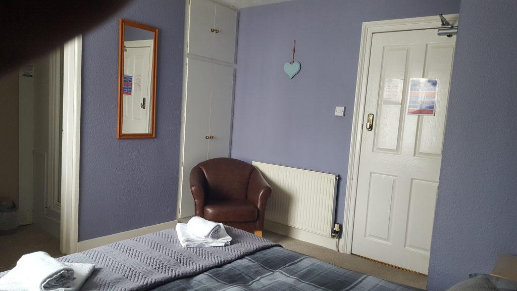 Room 2 4